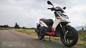 2016 Aprilia SR 150 First Ride Review