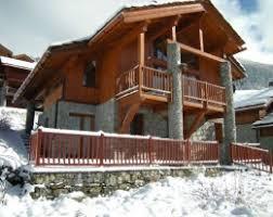 chalet la clusaz vente vente de chalets appartements studios en station à la montagne