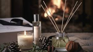 9 Best Christmas Scent Diffusers 2018 Real Homes Rh Realhomes Com Diffuser Blends Tree