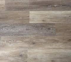 Easy Grip Strip Flooring by Best 25 Cleaning Vinyl Plank Flooring Ideas On Pinterest