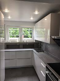 küche renovieren stil spanndecken