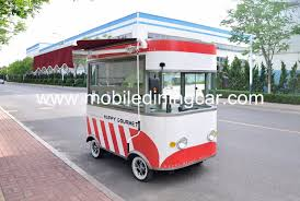China Small Model Commercial Mobile Electric Food Truck For Snack ...