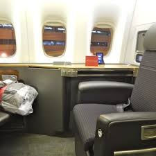 American Airlines Boeing 777 1