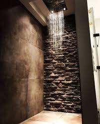 naturstein dusche bathroom badezimmer natursteinwand