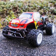 RC Auto Ferngesteuertes Mini Monster Truck Super Kinderspielzeug Bis ... Mini Monster Truck What 2 Buy 4 Kids Sarielpl A Monster Truck Based On A Suzuki Sj4 Hot Sale Newest Wpl C14 116 Rc Hynix 24g Offroad For Jimny In Oban Argyll And Bute Amazoncom New Bright Sf Hauler Set Car Carrier With Two Dirt Every Day Extra Season November 2017 Episode 253 Sherp Atv Gets Amphibious Upgrade Is That Goes Maineiac Home Facebook Ambee The Mighty