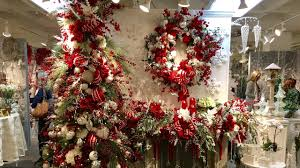 Frontgate Christmas Trees Decorated by Rebecca Robeson Inspired Christmas Tree Decorating Ideas 2017