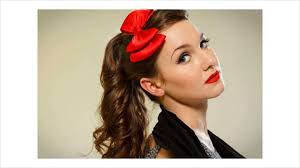 The 1950s Inspired Ponytail