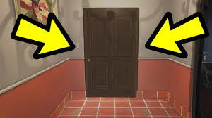 Funny Bathroom Door Art by Why Does Tracey Lock The Bathroom Door Gta 5 Youtube