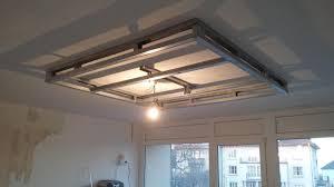 plafond a caisson suspendu réalisation placostyle