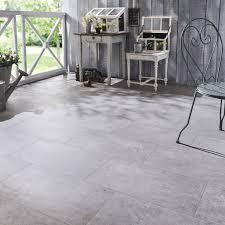carrelage effet beton gris clair carrelage idées de décoration