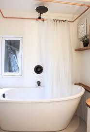 Chandelier Over Bathtub Soaking Tub by Best 25 Small Soaking Tub Ideas On Pinterest Wooden Bathtub