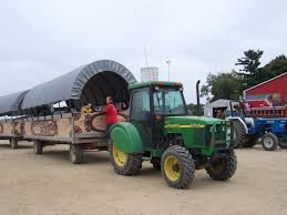 Pumpkin Farms In Bay County Michigan by Where To Find Corn Mazes And Hayrides Around Grand Rapids Grkids Com
