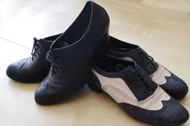 Shoes Made From Real Leather Or That Look Like Are Best Oxfords A Professional Comfortable Choice For Men Women