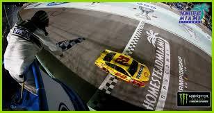 Joey Logano's Championship-winning Pass | NASCAR.com