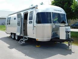 104 Airstream Flying Cloud For Sale Used 2020 26rb Rvs In Michigan Nature Me R V New Rvs Service Parts In Traverse City Mi