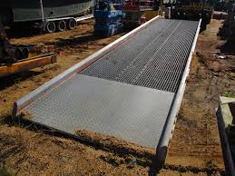 100 Truck Ramp ECOA 35 ALUMINUM TRUCK RAMP MOVEABLE HYD LIFT UTILITY OWNED