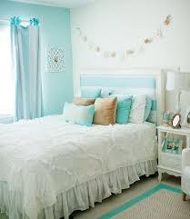 Tiffany Blue Living Room Decor by Best 25 Aqua Blue Bedrooms Ideas On Pinterest Aqua Blue Rooms