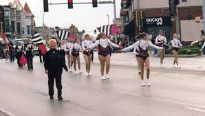 Sycamore Pumpkin Fest Parade by Beloved Sycamore Baton Teacher Marlyn Burkart Dies Wnij And Wniu