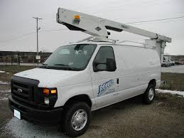 Rent Aerial Lifts & Bucket Trucks Near Naperville, IL