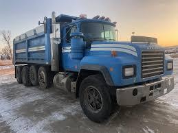 100 Mack Semi Trucks 2000 RD688S Truck Starbuck Minnesota Machinery Pete