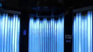 Planet Fitness Tanning Beds by Lot 2051 Sundazzler Upright Tanning Bed Youtube