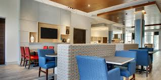 Atlantic Bedding And Furniture Charleston Sc by Holiday Inn Express U0026 Suites Summerville Hotel By Ihg