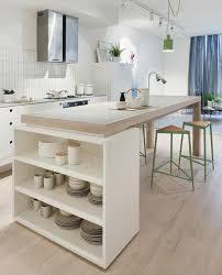 cuisines blanches et bois cuisine americaine avec ilot 16 la cuisine blanche et bois en