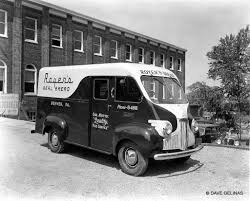 30 Vintage Photos Of Bakery And Bread Trucks From Between The 1930s ... 602 Best Ford 1930s Images On Pinterest Vintage Cars Antique Heartland Trucks Pickups Hap Moore Antiques Auctions 30 Photos Of Bakery And Bread From Between The Citroen Hy Online H Vans For Sale Wanted Whole In Glass Containers Home Vintage Milk Truck Sale Delivery 1936 Divco Delivery Truck Classiccarscom Cc885313 Model A Custom Car Can Solve New York Snow Milk Lost Toronto 1947 Coca Cola Coe Bw Fleece Blanket