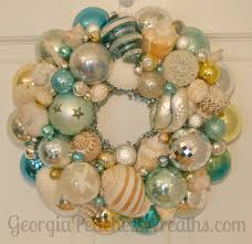 Crab Pot Christmas Trees Obx by Beach Themed Christmas Wreath Idea Made From Vintage Shiny