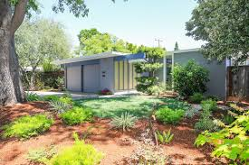 100 Eichler Palo Alto Blue Hued Asks 23 Million Curbed SF