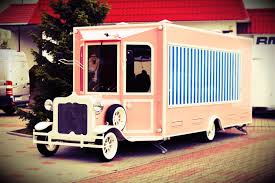 Mobile Food Trucks - Vintage Food Trucks - Elegant Trailers In Retro ...