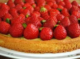 tarte aux fraises pate feuilletee c est moi qui l ai fait tarte fraises pistache sur sablé breton