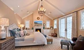 15 Bedrooms With Cathedral And Vaulted Ceilings