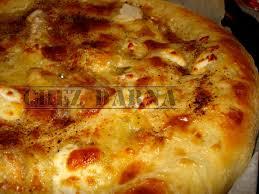 recette pate au creme fraiche pizza aux 4 fromages et crème fraiche darna