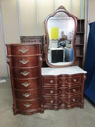 Dresser Mirror Mounting Hardware by 19 Dresser Mirror Mounting Hardware Replacement Dresser