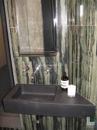 badezimmer für eine wohnung in mailand sacerdote marmi