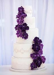 pictures of wedding cakes with purple flowers 25 cute purple wedding cakes ideas on pinterest purple