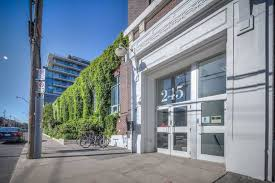 100 Wrigley Lofts At 245 Carlaw Ave Unit 406 For Sale Strataca