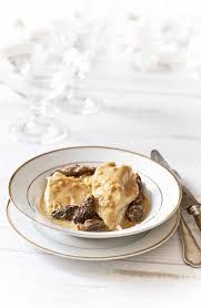 cuisiner les morilles chapon noir à la crème et aux morilles