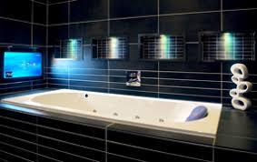 spritzwassergeschützte fernseher für küche und bad