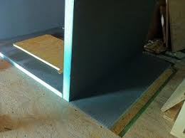carrelage sur plancher bois natte ditra ou panneaux wedi