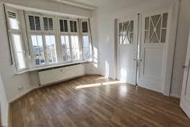 frisch renoviert schöne helle altbauwohnung mit