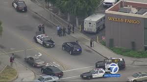 Armored Truck Guard Robbed Outside Wells Fargo In Inglewood | Abc7.com 105000 Taken In Armored Car Heist Outside Bank Tacony 6abccom Security Guard Shot In Armored Car Robbery Outside Windsor Bank Recent No May Have Been Inside Job Truck Driver Rams Suspects Getaway After Robbery Lego Ideas Truck Heist Suspect Brinks Dies Guard Shot Sacramento Credit Union Sfm By Wegamelp On Deviantart Employment Chicago Employees Say They 1922 Of The Us Mint Denver Valuables Wikipedia Reward Offered Violent Caught