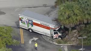 100 10 Uhaul Truck Crash Involving UHaul Truck Shuts Down Portion Of Pine Island
