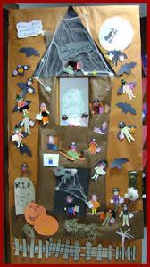 halloween classroom door decoration myclassroomideas com