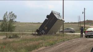 100 Ups Truck Accident Tornado Flips UPS Truck Tears Off A Roof In Arapahoe County FOX31
