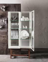 Dining Room Display Cabinets Ikea by Deze Stockholm Vitrinekast Is Zo Mooi Dat Je Hem Zelf In Een
