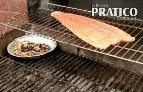 comment cuisiner la truite fumer le poisson au barbecue trucs et conseils cuisine et