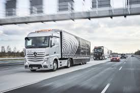 Daimler Outlines Vision For The Future Of Vehicle Connectivity ... Iveco Ztruck Shows The Future Iepieleaks Selfdriving Trucks Are Going To Hit Us Like A Humandriven Truck 7 Future Buses You Must See 2018 Youtube Daf Chassis Concept Torque This Freightliner Hopeful Supertruck Elements Affect Design Of Trucks Mercedesbenz Showcase Their Vision For 2025 Trucking Speeds Toward Selfdriving The Star 25 And Suvs Worth Waiting For Picture 38232 Four