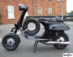 Black Vespa PX Road Racer Modif
